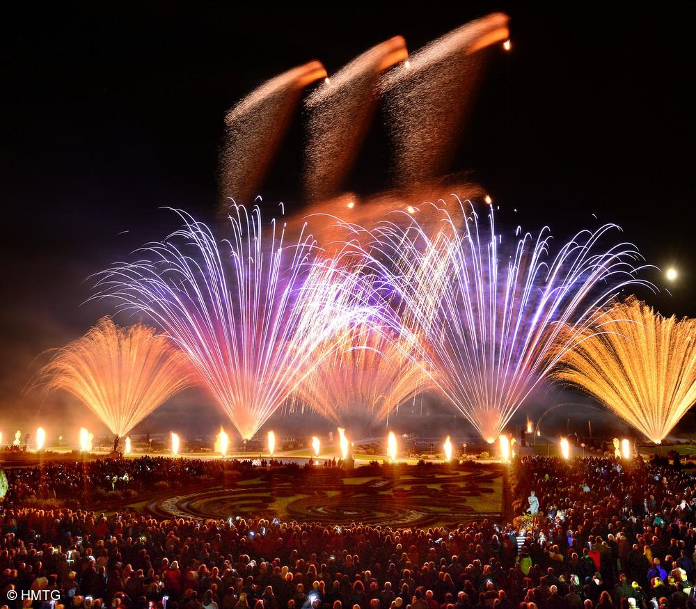 Feuerwerkskunst aus Italien und Südafrika