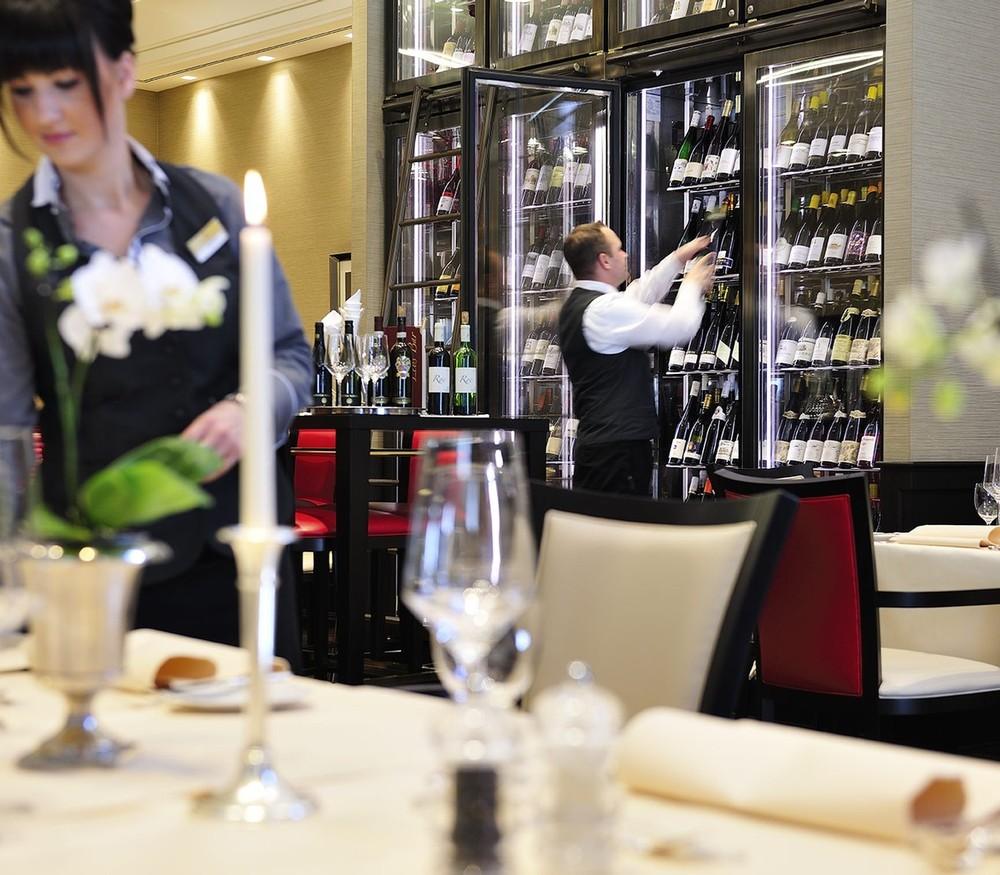Restaurantfachmann / Restaurantfachfrau