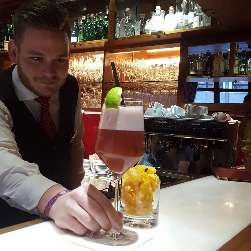 Den Abend mit einem gepflegten Cocktail ausklingen lassen