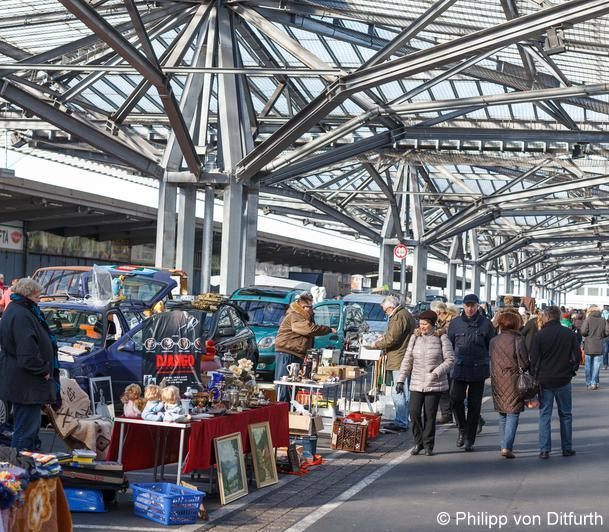 Flohmarkt am Großmarkt Tönniesberg