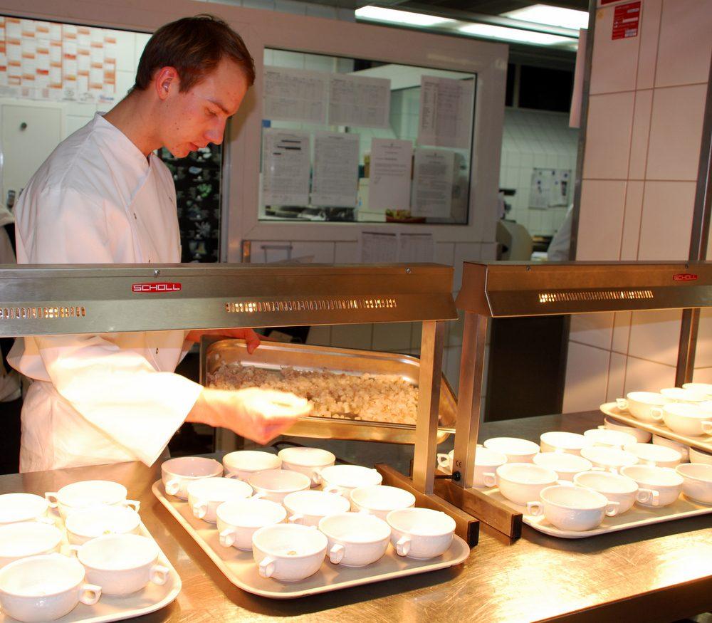 Was hat Sie dazu bewegt eine Ausbildung in der Hotellerie und Gastronomie zu absolvieren? Und wie sind Sie damals auf das Kastens Hotel Luisenhof aufmerksam geworden?